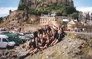 La compagnie pose devant le Mont Saint Michel : une belle photo pour Scout d'Europe