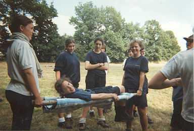 Titi chez les Espadons, qui choisit la solution de facilité pendant les olympiades en Vendée (1995)